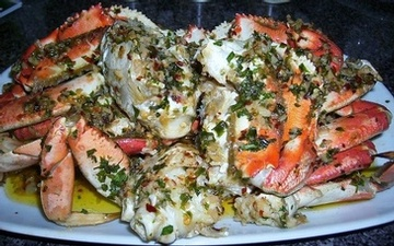 Spicy Garnished Crabs at Carolyn's Creole Kitchen - Creole Food Catering Services San Leandro